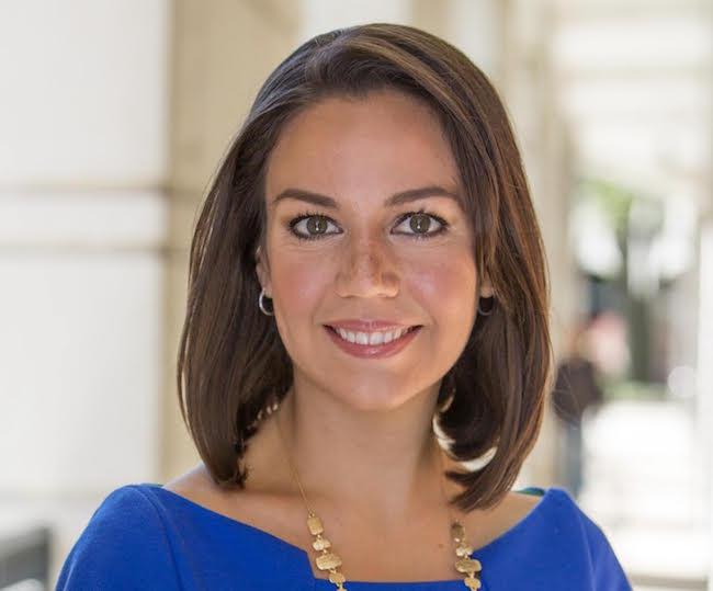 Rodríguez quits Telemundo, joins Univision as White House correspondent