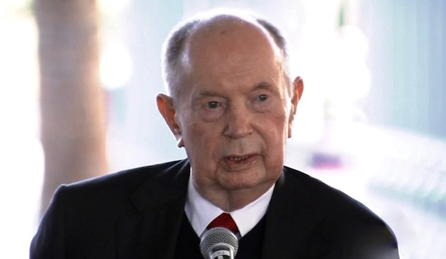 Former CEO of Univision Jerry Perenchio dies at 86