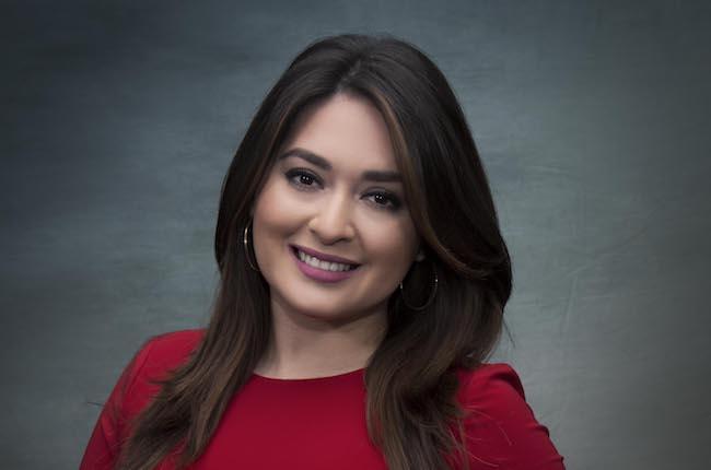 Univision Chicago promotes Pérez to weekend anchor