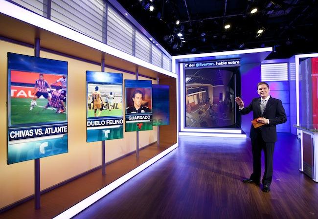 Deportes Telemundo set 8-8-13