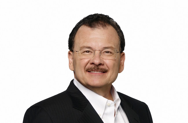 Rolando Santos retires from CNN Chile