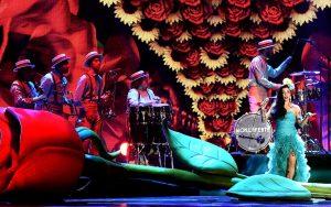 Mon Laferte Latin Grammy Awards 2017