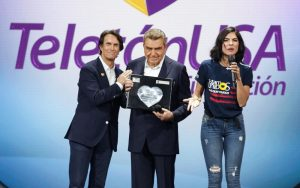 Don Francisco TeletonUSA Univision award