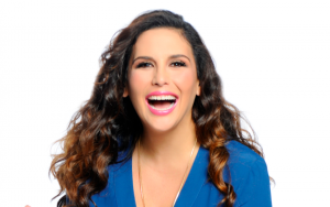 Angélica Vale named midday host at Cali 93.9 FM