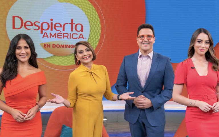 L to R: Jacie Guerrido, María Antonieta Collins, Raúl González and Carolina Rosario.